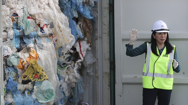 Malaysia to send back plastic waste to foreign nations | KVAL