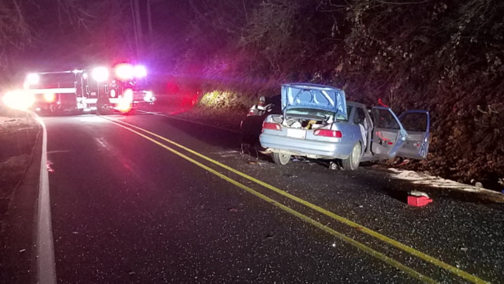 Crash on Hwy 99 kills Cottage Grove man, seriously injures