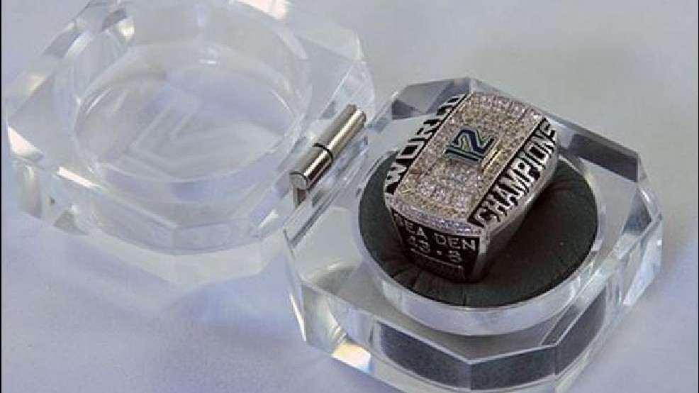 Seahawks Fan Creates Super Bowl Ring For The 12s Kval
