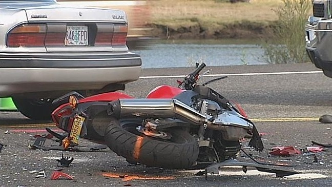 Motorcycle and car collide on Hwy 101 south of Coos Bay | KVAL