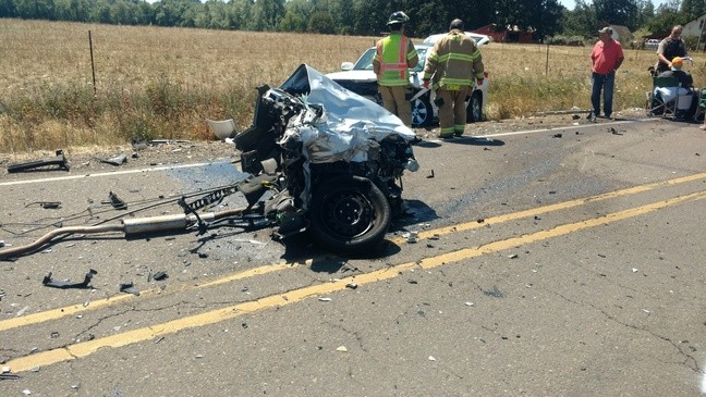 Serious crash in Scio sends multiple people to hospital | KVAL