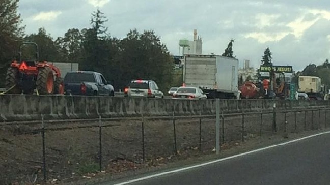 Fatal crash closes I-5 near Albany for hours | KVAL