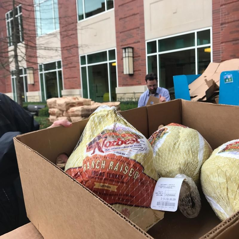 Thanksgiving Baskets donated to families at Riverbend Hospital | KVAL