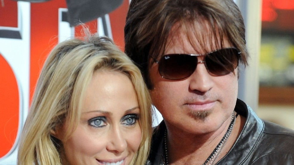 Billy Ray Cyrus, wife of 19 years, getting divorce | KVAL