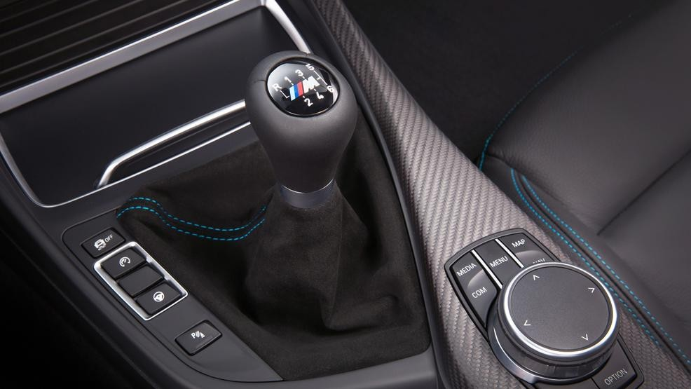 Bmw M Isn T Ready To Ditch The Manual Transmission Yet Kval