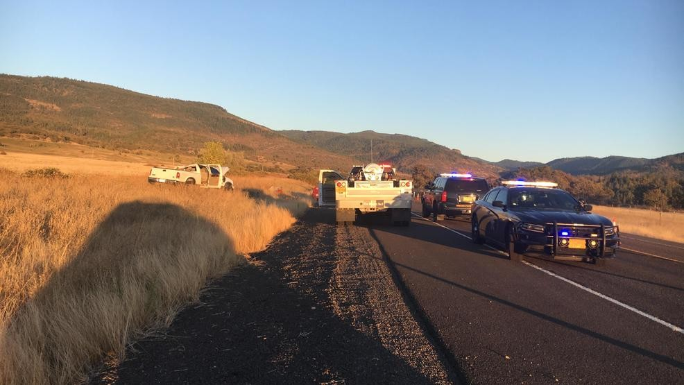 Head-on collision causes fatality, major injuries, closes highway | KVAL