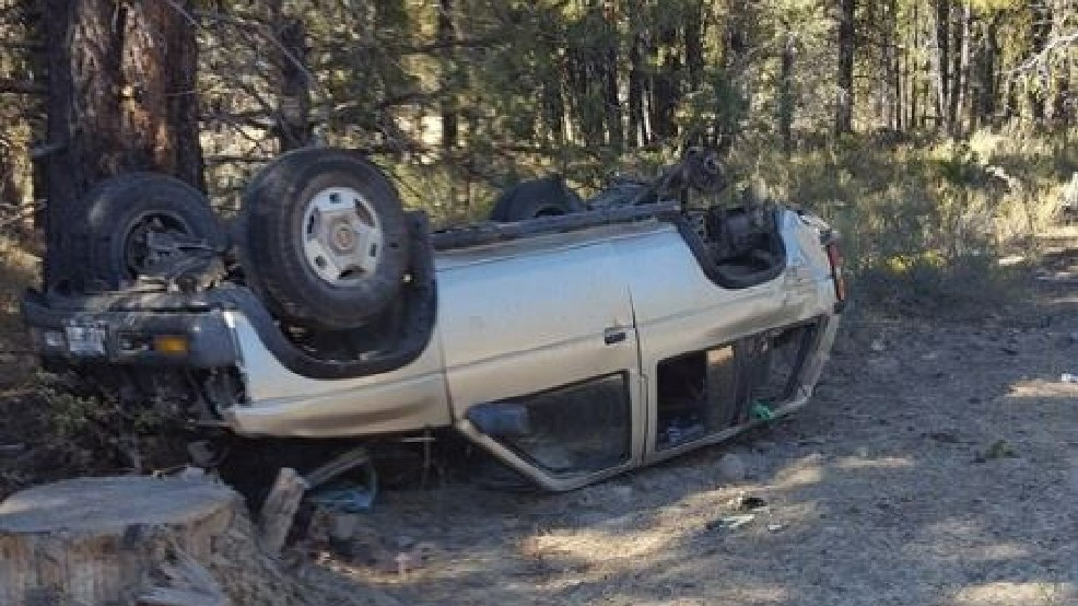 One woman dies after crash on Highway 140 | KVAL